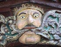 Detail am Haus der sieben Laster in der Brückengasse